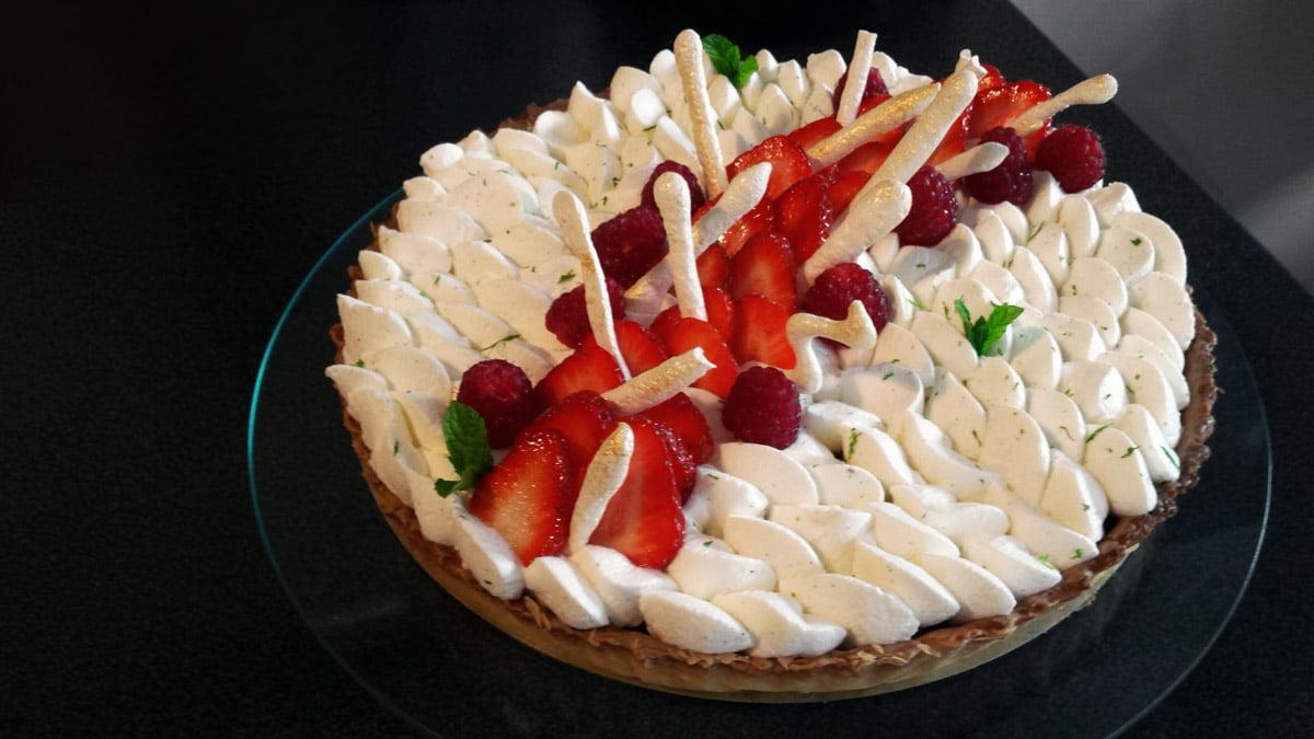 Tarte fraise framboise, chantilly vanille mascarpone