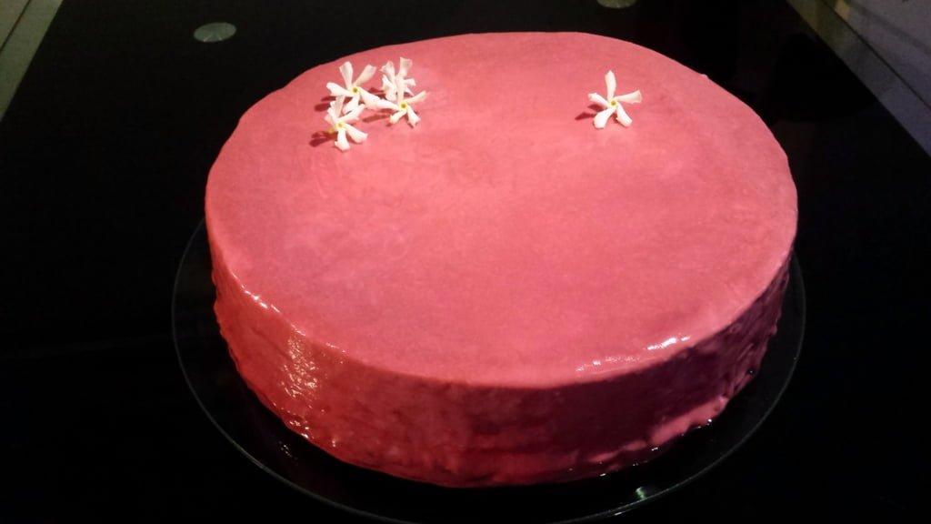Pink Jasmine - Entremet crémeux jasmin et mousse framboise