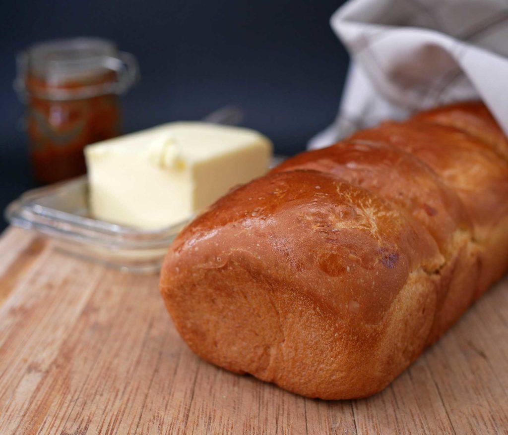 Le pain de mie au tangzhong est parfait pour les petit déjeuners, frais ou toasté.