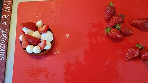 Tartelettes aux fraises - décorer