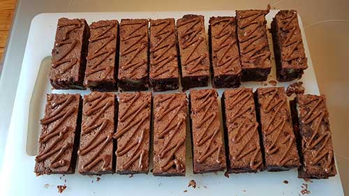 Brownie - la base collante