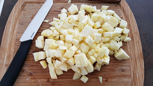 Compote - Découpez les pommes