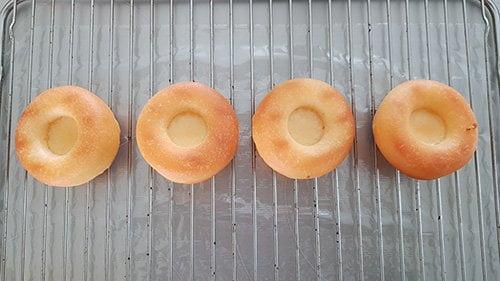 Montage du baba au rhum - égouttage