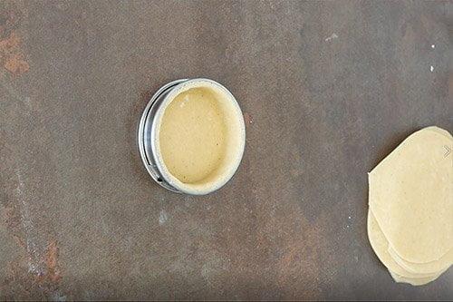 Montage tartelette poire chocolat - le fond de tarte