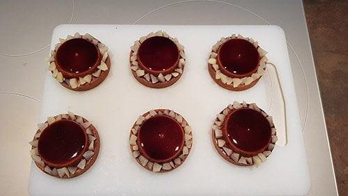 Montage tartelette poire chocolat - le décors